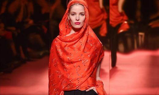2015春夏高級定制[Schiaparelli]巴黎時裝發布會