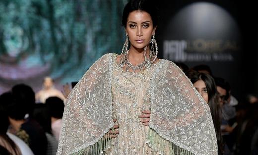 2018春夏婚紗[Ahmed Suhail]巴基斯坦時裝發布會