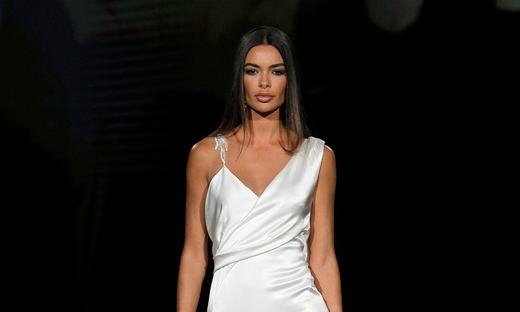 2021春夏婚纱[Pronovias]巴塞罗那时装发布会