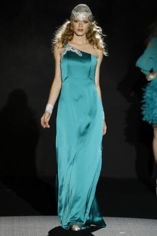 2015春夏婚紗[Sonia Pena]巴塞羅那時裝發布會