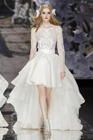 2015春夏婚紗[Yolan Cris]巴塞羅那時裝發布會